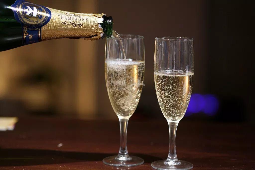 法国香槟销售额创纪录!多亏了在这几个国家大卖!