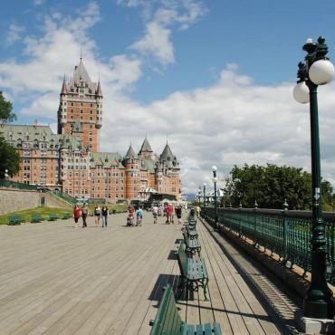 加拿大魁投明年4月重启!中国申请者1330个名额手慢则无