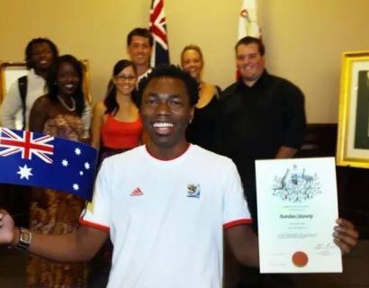 澳洲移民部长放大招!酝酿更严格入籍测试!获得移民联盟力挺!