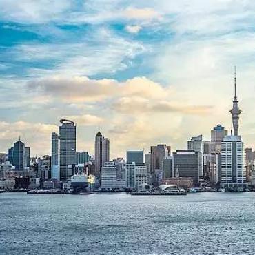 移民新西兰历尽磨难,为了女儿撑起家庭一片天!