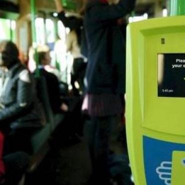 华人请注意,如果你在澳洲公交车上这样做,后果很严重...