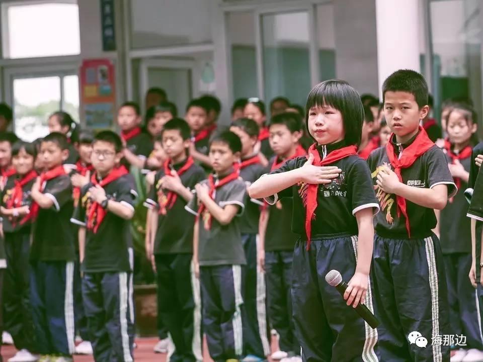 外教逃离中国:你们的教育是在犯罪,我每天都在祈求神的宽恕