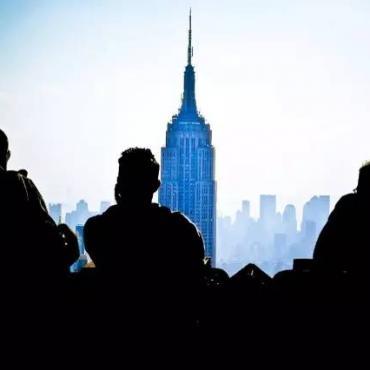 挂靠、移民、假结婚,为了留在美国,我们付出了什么?