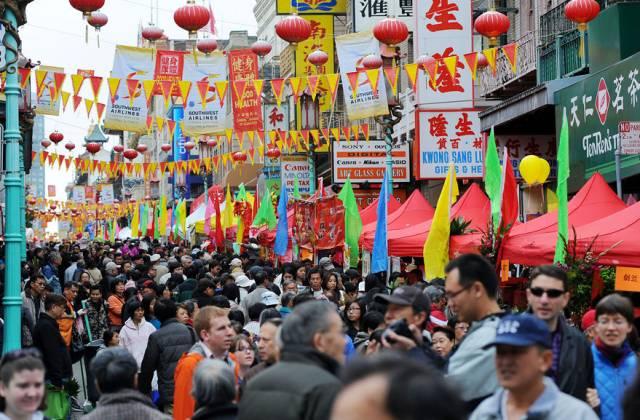 海外华人百般无奈 :为什么我们不回国?