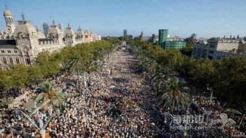 """西班牙威胁逮捕700名""""挺独""""市长 市长:他们疯了"""