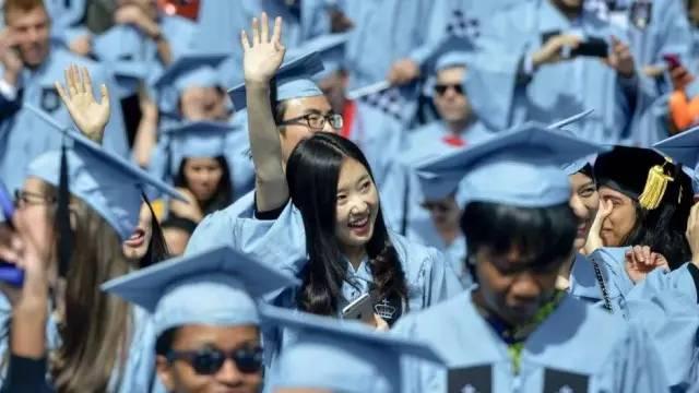 中国留学生:我们如此优秀,却只是假装融入美国