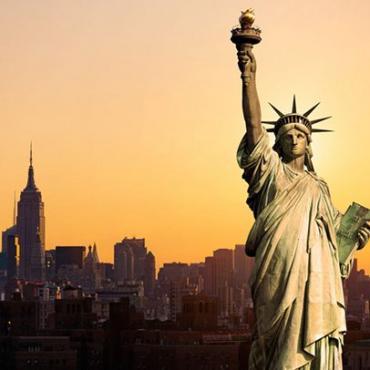 还在投资50万美元?美国杰出人才移民(EB1A)并不难!