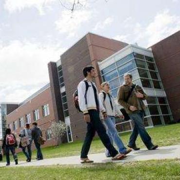 留学生吐槽在美国学不到东西?