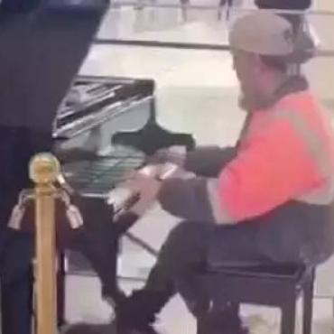 澳洲工地小哥弹钢琴走红背后,是一群普通劳动者有尊严的幸福生活