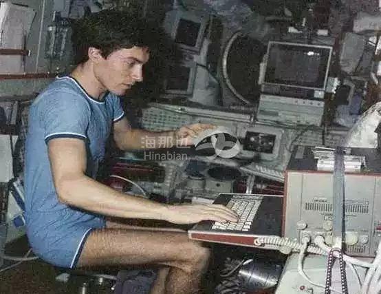 史上最惨宇航员:国家灭了,他在太空飘了311天!
