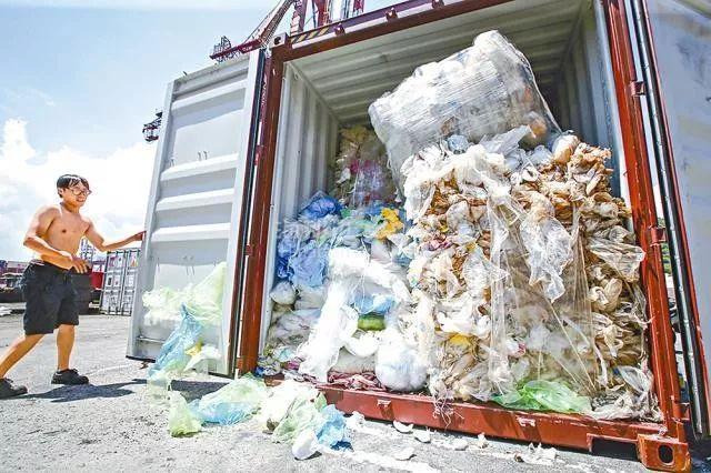 """中国禁收""""洋垃圾""""引来美国指责,而新西兰的做法却像一股清流..."""