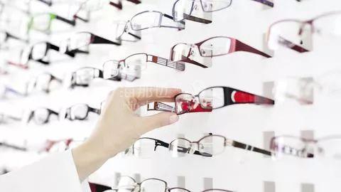 业界良心!这家保险机构今年7月起眼镜、假牙全报销!