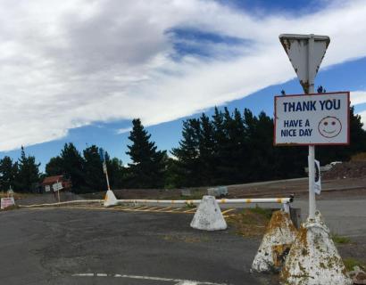 「海外生活」当你看见垃圾站上空的蓝天白云,你会想说些什么?