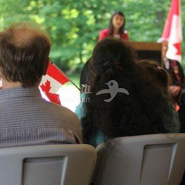 新调查:BC省移民挣得少,原工作经历不被看重