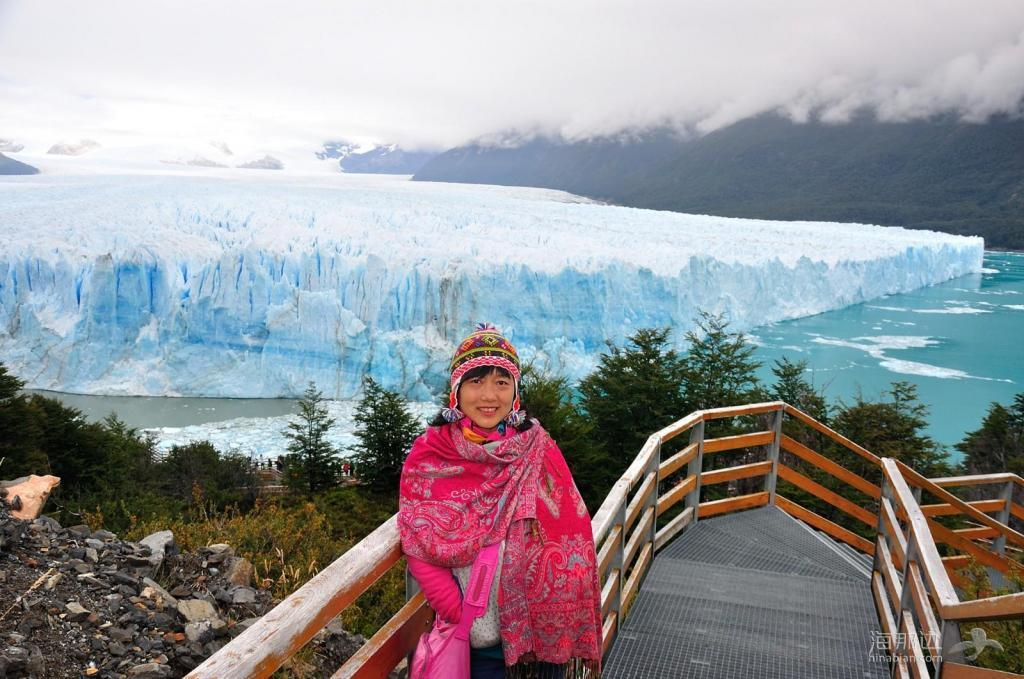游览阿根廷大冰川和小城埃尔卡拉法特